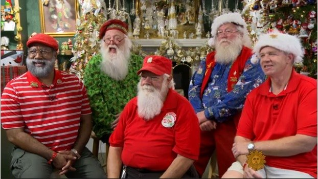 Santa convention brings holiday cheer to summer (Video) – CBS News